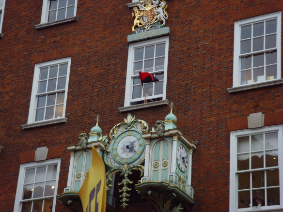 Fortnum & Mason flies the anarcho-syndicalist flag